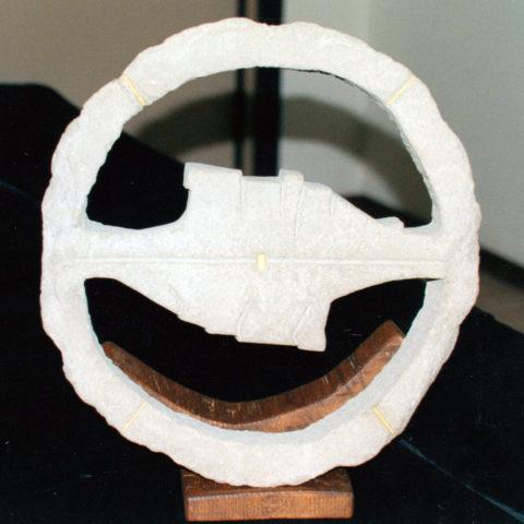Due orizzonti - scultura su sasso/legno