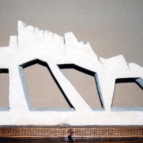 Bismantova - scultura su tufo (Matera) 50x27x15 cm