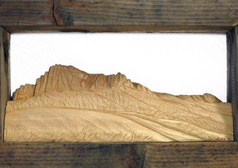 ... Sassaia -  altorilievo su pino cembro 40x20 cm